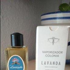 Miniaturas de perfumes antiguos: TARRO BOTE DE COLONIA LAVANDA MYRURGIA. ANTIGUO NUEVO . Lote 163233234