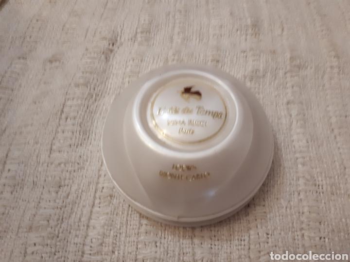 Miniaturas de perfumes antiguos: Antigua jabonera jabón Air du Temps Nina Ricci - Foto 2 - 140940089
