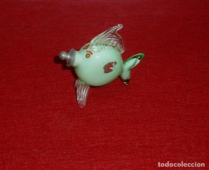 ANTIGUO PEZ PERFUMERO DE CRISTAL. (Coleccionismo - Miniaturas de Perfumes)