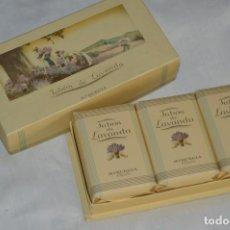 Miniaturas de perfumes antiguos: VINTAGE - SET / ESTUCHE CON TRES JABONES DE LAVANDA DE MYRURGIA - PRECINTADOS - ENVÍO 24H. Lote 144778818