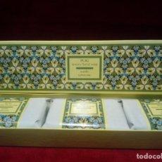 Miniaturas de perfumes antiguos: CAJA DE TRES JABONES PUIG . FLORES DE VERANO -AÑOS 70 - NUEVOS SIN ABRIR . Lote 151254734