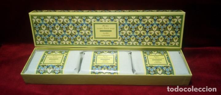 Miniaturas de perfumes antiguos: CAJA DE TRES JABONES PUIG . FLORES DE VERANO -AÑOS 70 - NUEVOS SIN ABRIR - Foto 2 - 151254734