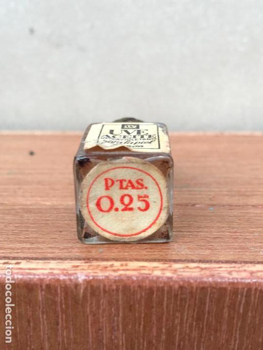 Miniaturas de perfumes antiguos: UVE ACEITE ULTRAVIOLETADO MINIATURA PERFUME - Foto 2 - 151490142