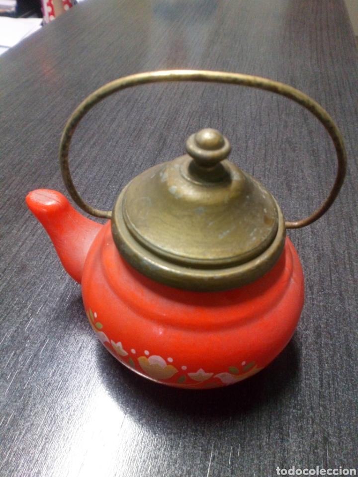 Miniaturas de perfumes antiguos: FRASCO TETERA DE CRISTAL COLONIA AVON LAVENDER AÑOS 60 - 70 TIENE SU COLONIA - Foto 2 - 151721378