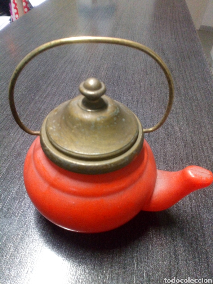 Miniaturas de perfumes antiguos: FRASCO TETERA DE CRISTAL COLONIA AVON LAVENDER AÑOS 60 - 70 TIENE SU COLONIA - Foto 4 - 151721378