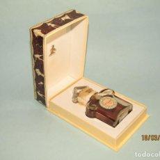Miniaturas de perfumes antiguos: ANTIGUA CAJA DE PERFUME MITSOUKO DE GUERLAIN PARIS. Lote 155999958