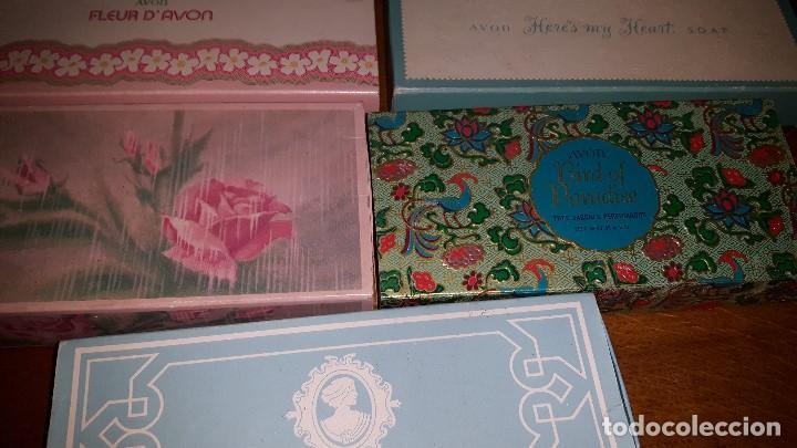 Miniaturas de perfumes antiguos: LOTE JABONES AVON - Foto 3 - 157480658