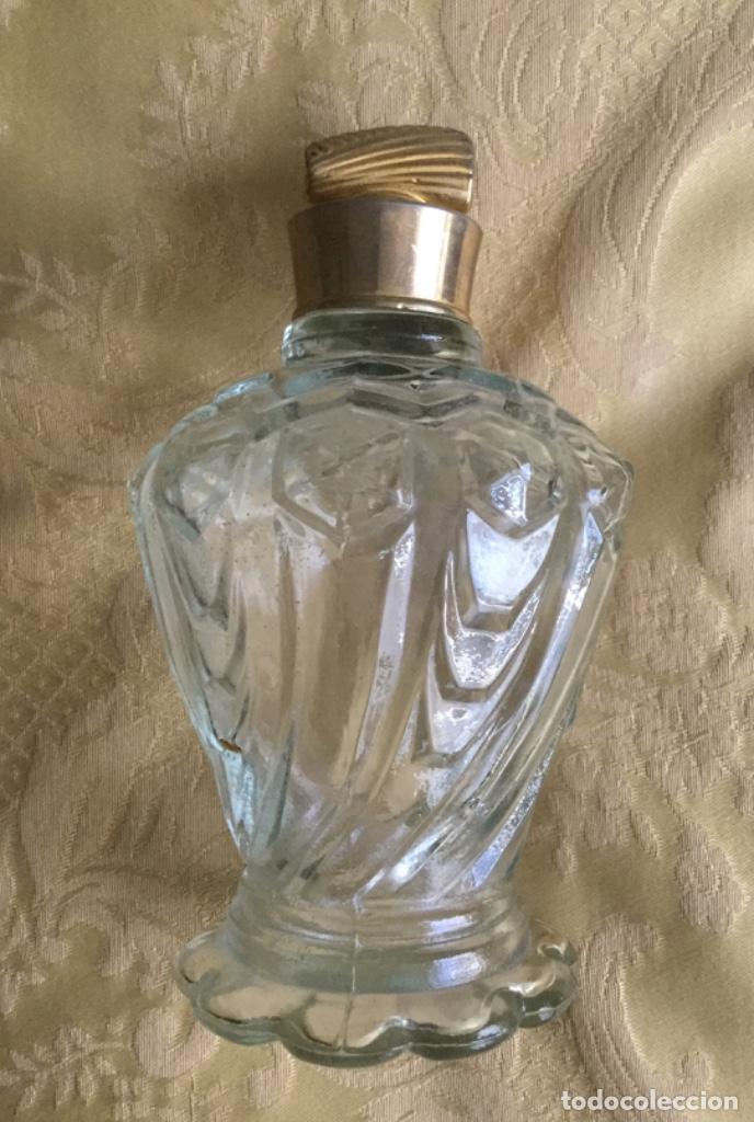 Miniaturas de perfumes antiguos: LOTE DE ANTIGUOS FRASCOS PERFUME PELIK AÑOS 50-60 - Foto 9 - 158903366