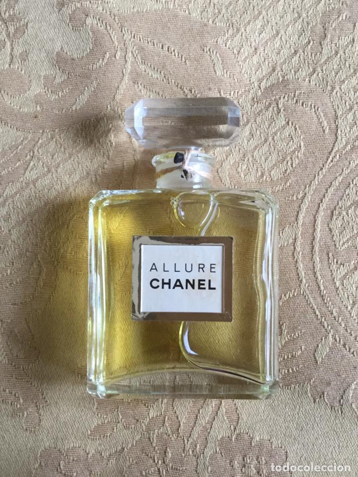 Miniaturas de perfumes antiguos: FRASCO ALLURE DE CHANEL 30 Ml FICTICIO - Foto 1 - 161534146