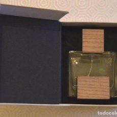 Miniaturas de perfumes antiguos: SOLO LOEWE - CEDRO - CAJA Y PERFUME VACÍO - 50 ML. Lote 166447610