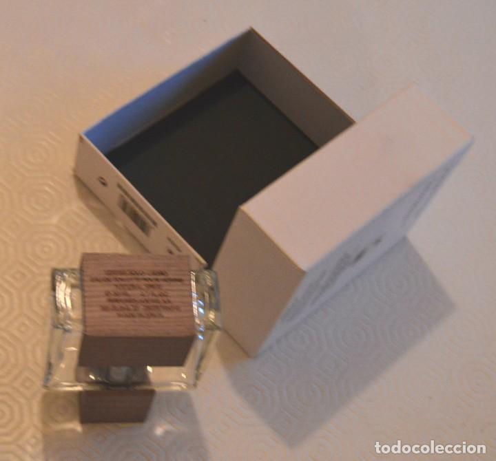Miniaturas de perfumes antiguos: SOLO LOEWE - CEDRO - CAJA Y PERFUME VACÍO - 50 ML - Foto 5 - 166447610