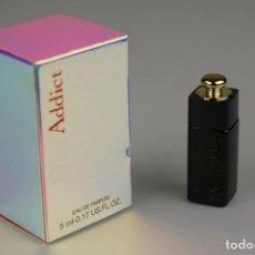 Échantillons de parfums anciens: MINIATURA CHRISTIAN DIOR ADDICT EDP 5 ML. Lote 166582598