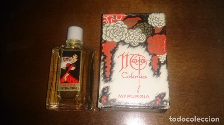 FRASCO MINIATURA COLONIA MAJA DE MYRURGIA, CON SU CAJA. LLENA. (Coleccionismo - Miniaturas de Perfumes)