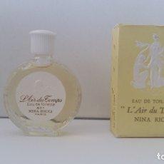 Miniaturas de perfumes antiguos: MINIATURA L'AIR DU TEMPS DE NINA RICCI- ANTIGUA. Lote 168944272