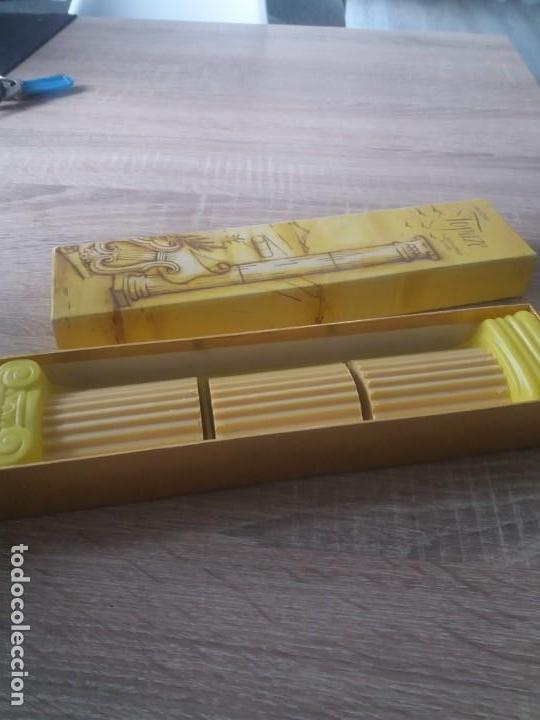 JABONES AVON (Coleccionismo - Miniaturas de Perfumes)