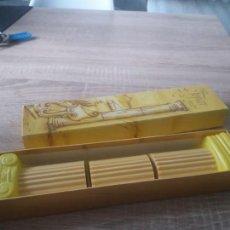 Miniaturas de perfumes antiguos: JABONES AVON. Lote 170826890