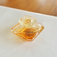 Miniaturas de perfumes antiguos: F 1678 MINIATURA PERFUME TRESOR LANCOME PARIS - EAU DE PARFUM. Lote 173070012