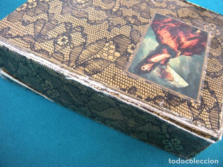 Miniaturas de perfumes antiguos: ESTUCHE COLONIA Y JABÓN MAJA MYRURGIA - Foto 2 - 173210998