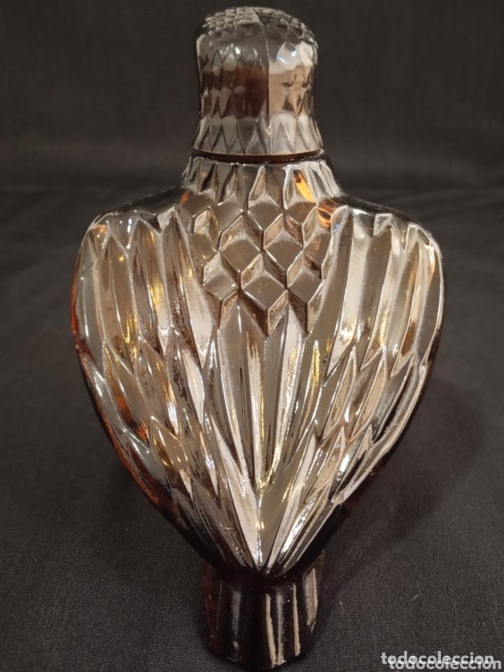 Miniaturas de perfumes antiguos: PAREJA DE BOTELLAS VACÍAS DE PERFUME AVON. AGUILAS DE COLECCIÓN.MUY DIFÍCILES DE ENCONTRAR. - Foto 2 - 174053642