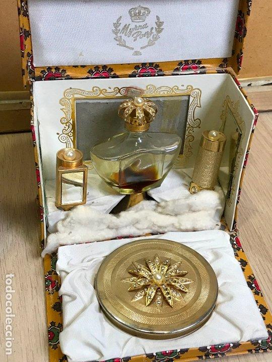 Miniaturas de perfumes antiguos: ANTIGUA CAJA ESTUCHE PERFUMERO Y MAQUILLAJE MYRNA PONS - Foto 8 - 175223139
