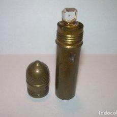 Miniaturas de perfumes antiguos: ANTIGUO PERFUMERO DE LATON CON CONTENEDOR DE CRISTAL....PERFECTO ESTADO DE CONSERVACION.. Lote 177880748