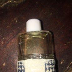 Miniaturas de perfumes antiguos: MINIATURA PERFUME - CHRISTIAN DIOR - CONTIENE PERFUME . Lote 179552846