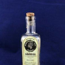 Miniaturas de perfumes antiguos: MUY ANTIGUO FRASCO LOCION PETROLEO GAL - PERFUMERIA GAL MADRID. Lote 180280855