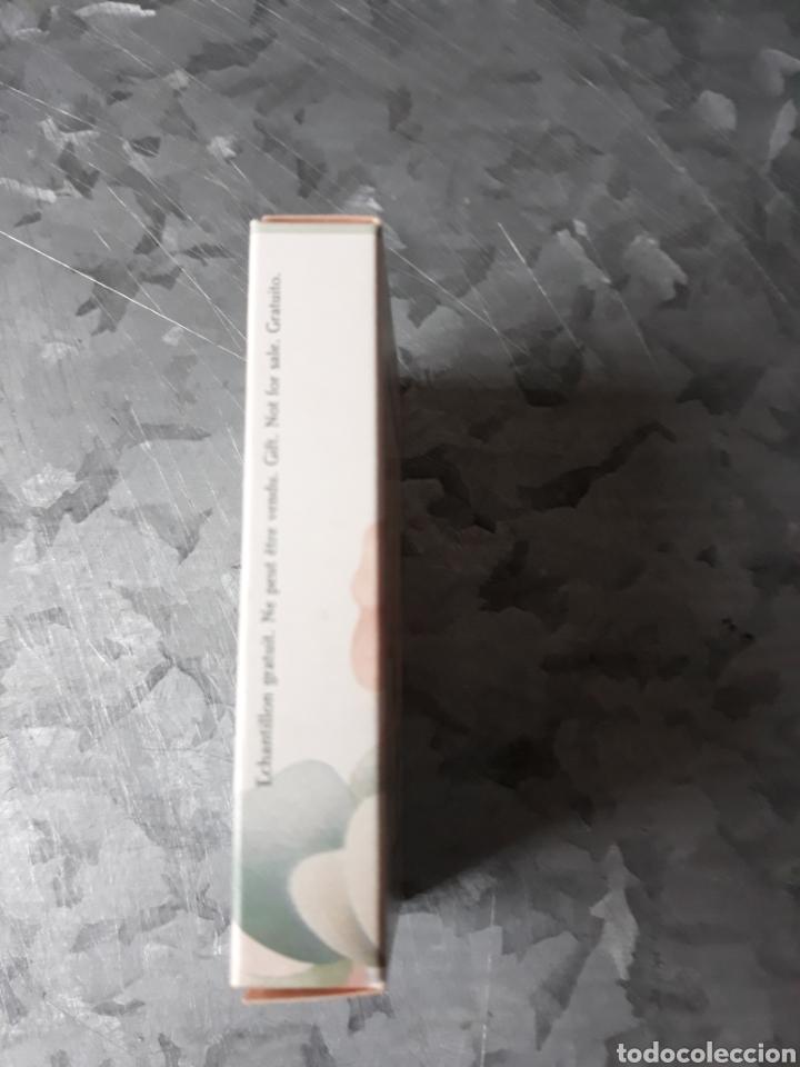 Miniaturas de perfumes antiguos: Cajita vacía de muestra perfume Anais Anais de Cacharel. - Foto 2 - 182687832