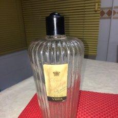 Miniaturas de perfumes antiguos: COLONIA YSABELINA - VERA - AÑOS 30 - FRASCO DE DISEÑO - 1 LITRO. Lote 183214797