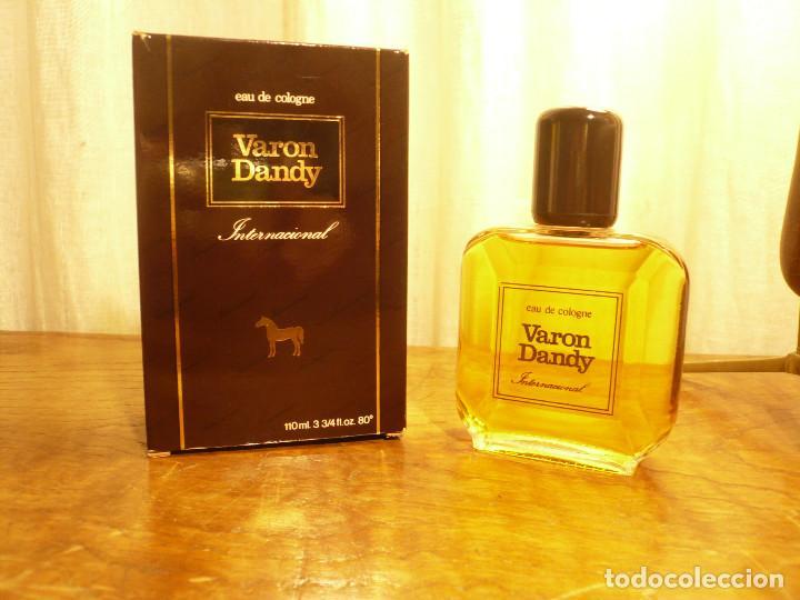 Miniaturas de perfumes antiguos: COLONIA VARON DANDY INTERNACIONAL. FRASCO LLENO, EN SU CAJA. 110 ML - Foto 7 - 183438266