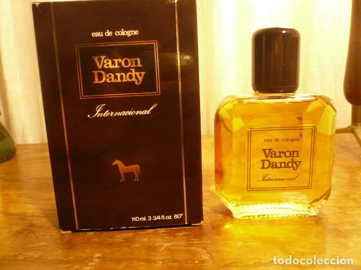 Miniaturas de perfumes antiguos: COLONIA VARON DANDY INTERNACIONAL. FRASCO LLENO, EN SU CAJA. 110 ML - Foto 9 - 183438266