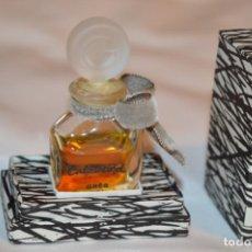 Miniaturas de perfumes antiguos: GRÈS CABORCHARD - VINTAGE / PERFUME - ORIGINAL ¡IMPRESIONANTE! - AÑOS 60 - REF. 108 - 1/4 FL. OZ.. Lote 183467567
