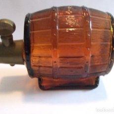 Miniaturas de perfumes antiguos: BOTELLA PERFUME AVON - WILD COUNTRY COLOGNE - 150 ML - VACIA - FORMA BARRIL. Lote 190202021