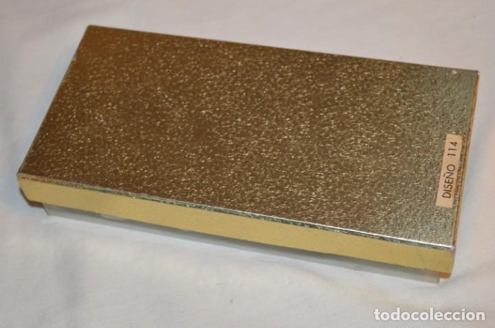 Miniaturas de perfumes antiguos: Vintage --- PRECIOSO y antiguo --- ESTUCHE Diseño 114 / MANDALAY / VERA ESPAÑA --- ¡Mira! - Foto 6 - 190749591