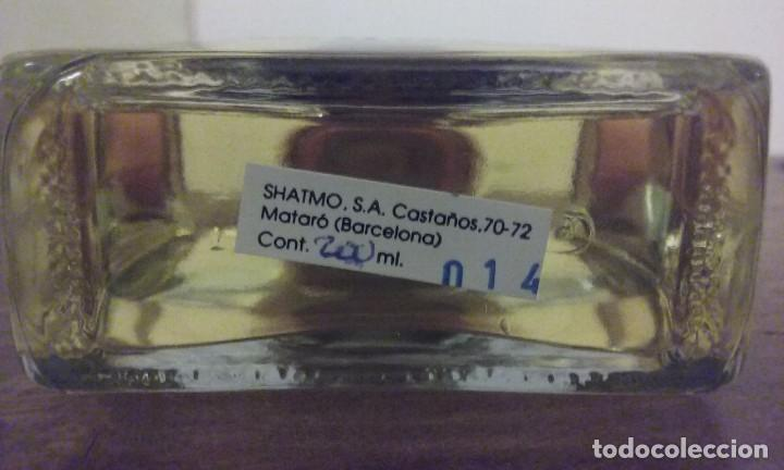Miniaturas de perfumes antiguos: Agua de colonia 23 de Famos. (Shatmo). Nueva 200ml. - Foto 5 - 194239675