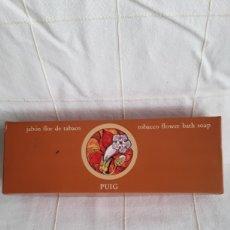 Miniaturas de perfumes antiguos: CAJA DE JABONES FLOR DE TABACO DE PUIG. Lote 194365443