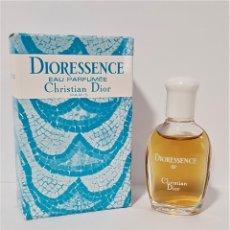 Miniaturas de perfumes antiguos: MINIATURA CHRISTIAN DIOR DIORESSENCE EAU PARFUMÉE -VERSIÓN USA- EP 7 ML. Lote 194906477