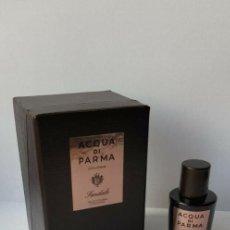 Miniaturas de perfumes antiguos: NOVEDAD 2018 MINIATURA ACQUA DI PARMA COLONIA SANDALO EDC CONCENTRÉE 5 ML . Lote 195127723