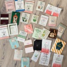 Miniaturas de perfumes antiguos: LOTE COLECCIÓN MUESTRAS, PRODUCTOS DE BELLEZA, CREMAS, PERFUMERÍA AÑOS 80. DIFERENTES PAÍSES. Lote 199300583