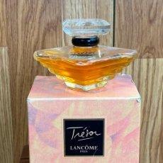 Miniaturas de perfumes antiguos: BOTELLA DE PERFUME TRESOR LANCOME 30 ML CAJA. Lote 204012126