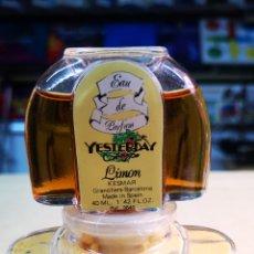 Miniaturas de perfumes antiguos: KESMAR YESTERDAY COLÒNIA Y SALES DE BAÑO A ESTRENAR. Lote 207112811