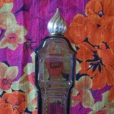 Miniaturas de perfumes antiguos: FRASCO VACIO DE PERFUME AVON-RELOJ CON PENDULO-FRAGANCE ROSAS HOURS-AÑOS 70 .. Lote 207244878