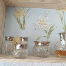 Miniaturas de perfumes antiguos: JUEGO DE TOCADOR VINTAGE RHALF LAURENT. Lote 207802868