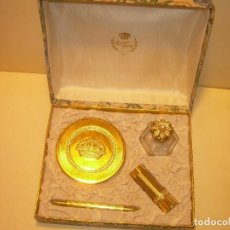 Miniaturas de perfumes antiguos: ANTIGUO ESTUCHE PERFUMERIA... MYRNA PONS. POLVERA,LAPIZ DE OJOS.BOTELLA DE PERFUME,PINTALABIOS, ETC.. Lote 208967741