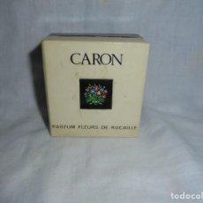 Miniaturas de perfumes antiguos: MINIATURA VINTAGE FLEURS DE ROCAILLE CARON EN SU CAJA MADE IN FRANCE. Lote 210491148