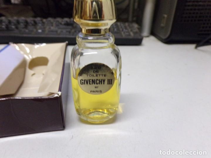 Miniaturas de perfumes antiguos: botella colonia givenchy paris - Foto 2 - 211874656