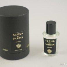 Miniaturas de perfumes antiguos: NOVEDAD EXTRAORDINARIA 2019 !!! MINIATURA ACQUA DI PARMA SIGNATURES OF THE SUN SAKURA EDP 5 ML. Lote 212270945