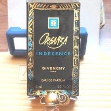 Miniaturas de perfumes antiguos: MINIATURA CON SU PERFUME Y CAJA DE GIVENCHY. Lote 212644227