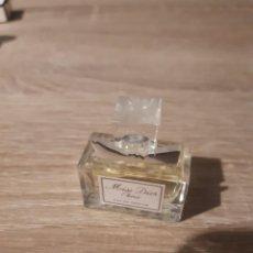 Échantillons de parfums anciens: MINIATURA MISS DIOR CHERIE. Lote 212648671