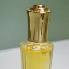 Miniaturas de perfumes antiguos: PERFUME MINIATURA, COLECCIONABLE. Lote 215581463